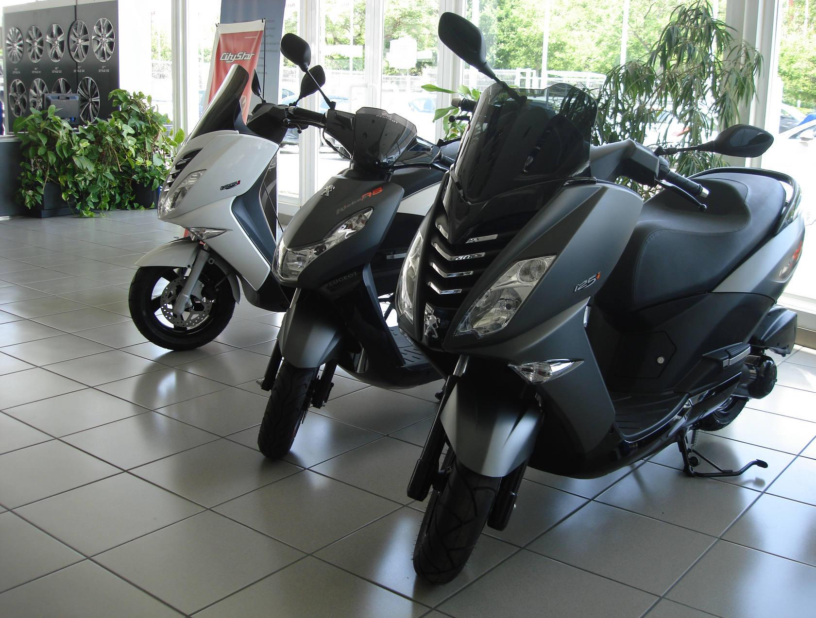 Peugeot Scooters llega a Hispanomoción