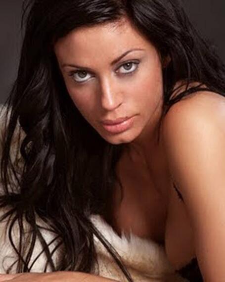 Tatiana delgado de supervivientes 2011 telecinco se desnuda en un striptease en festival eroacutetico de alicante 2017 guarrapopes - 2 6