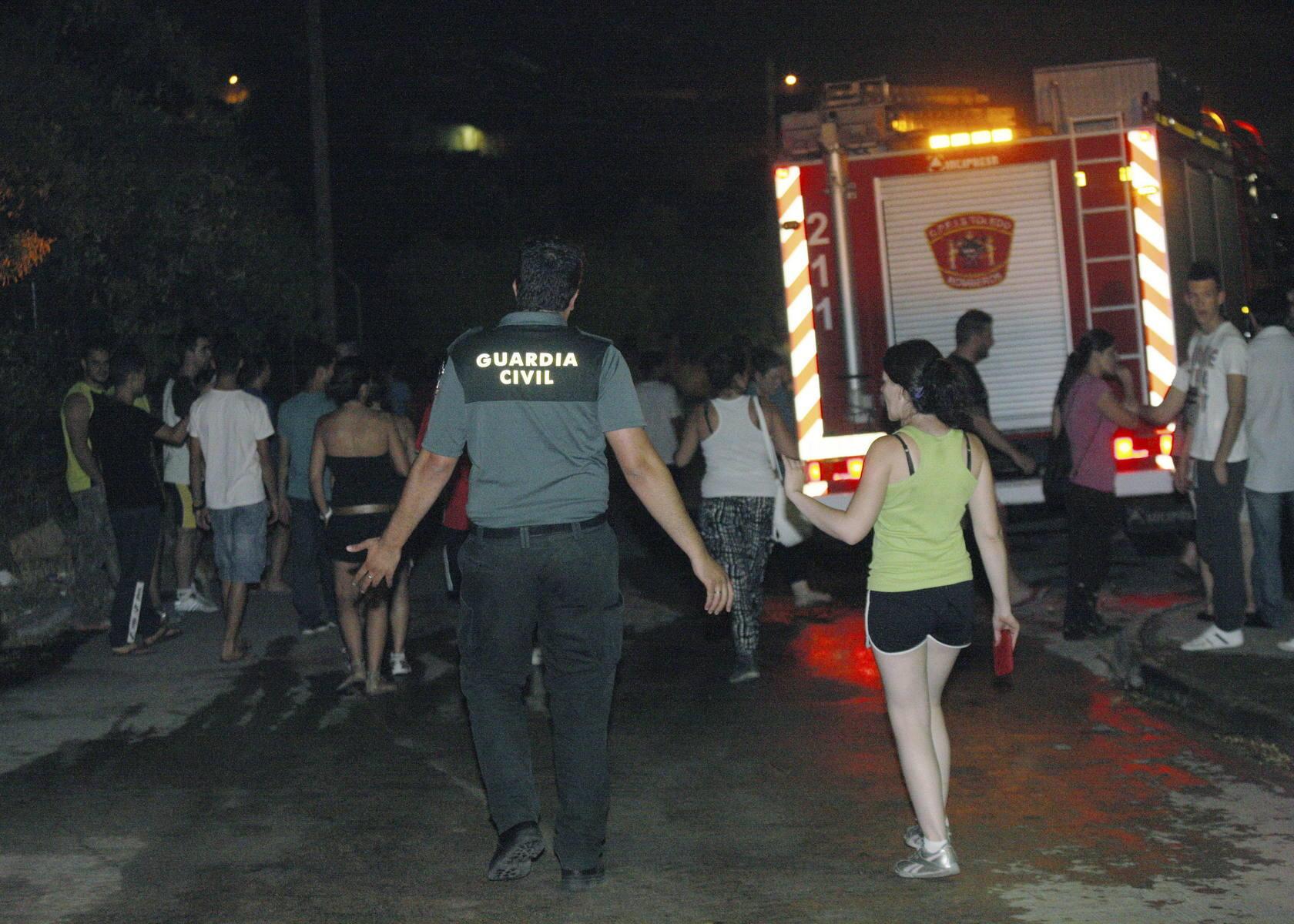 Incendio forestal declarado hoy en el municipio de Almorox (Toledo), que linda con la Comunidad de Madrid