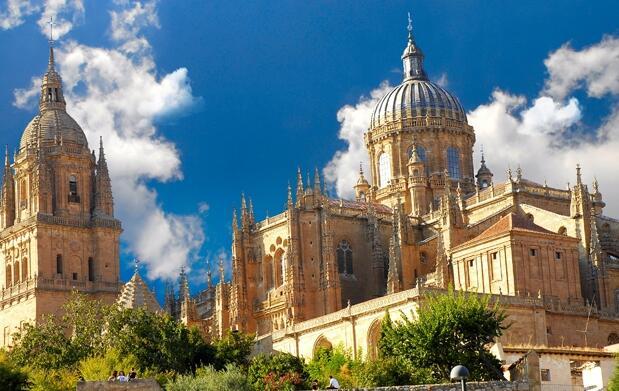 2 noches en Salamanca + dos visitas