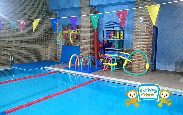Escuela infantil, aula acuática e inglés