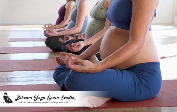 1 mes de Hot Yoga para embarazadas por 15€