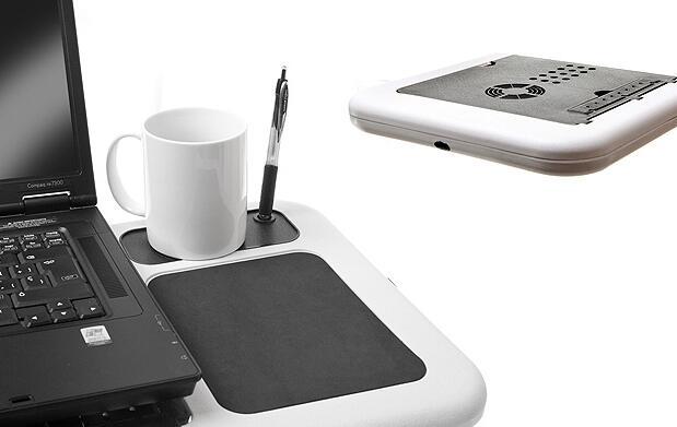 Mesa plegable negra para el portátil