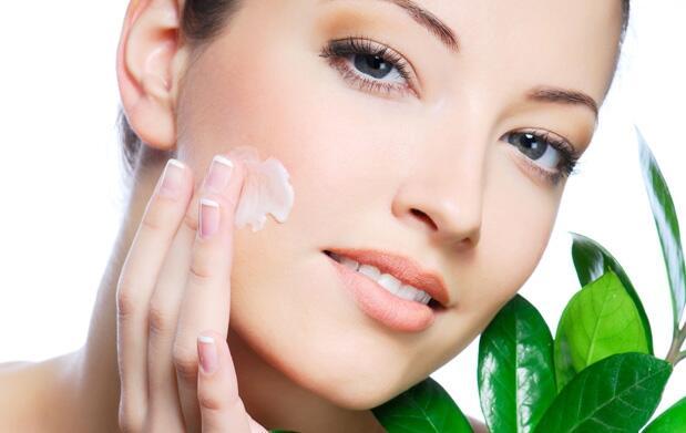 Tratamiento de belleza 3 (cara, pies y manos)
