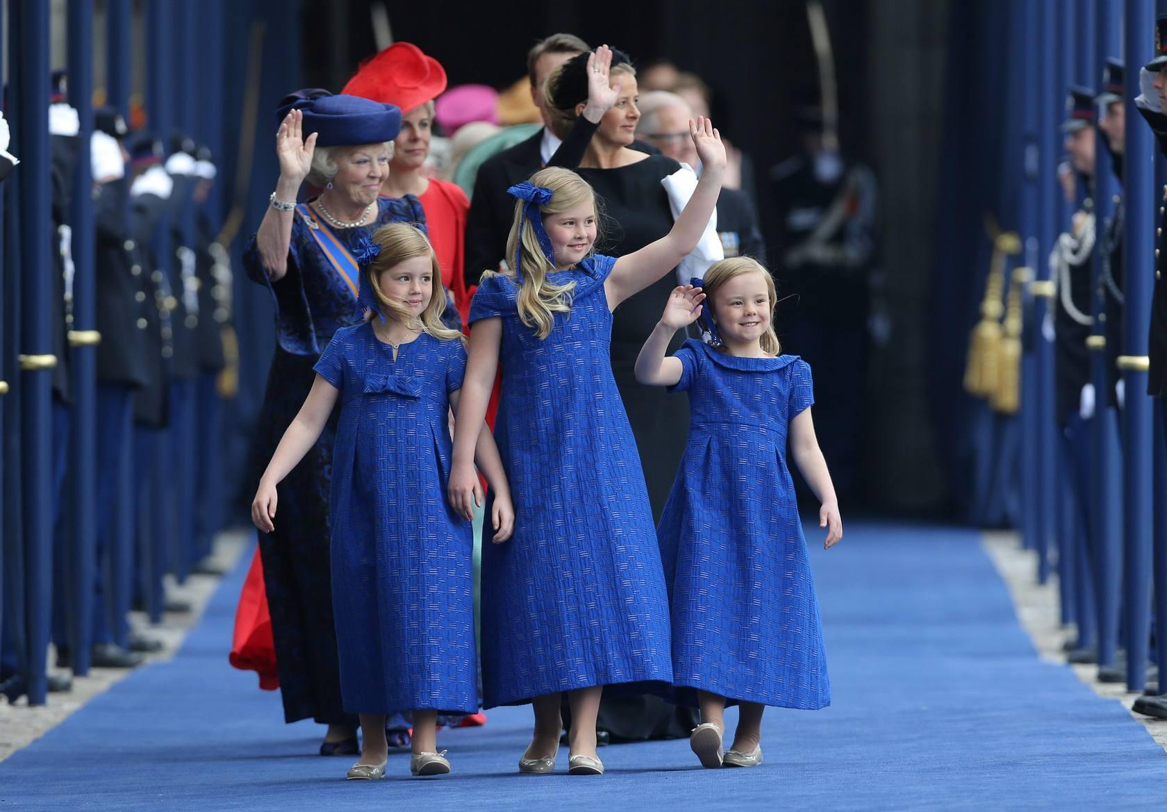 Paseo triunfal de los nuevos reyes de Holanda