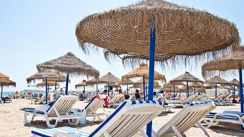 2 hamacas + 2 mojitos en playa El Saler