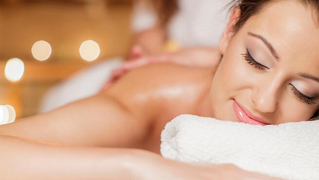 Maderoterapia o masaje a elegir en Yoa Centro de Bienestar - Quiro&Beauty